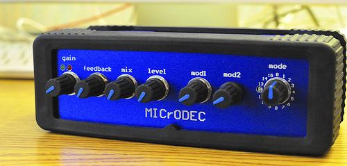 MICrODEC w/ faceplate
