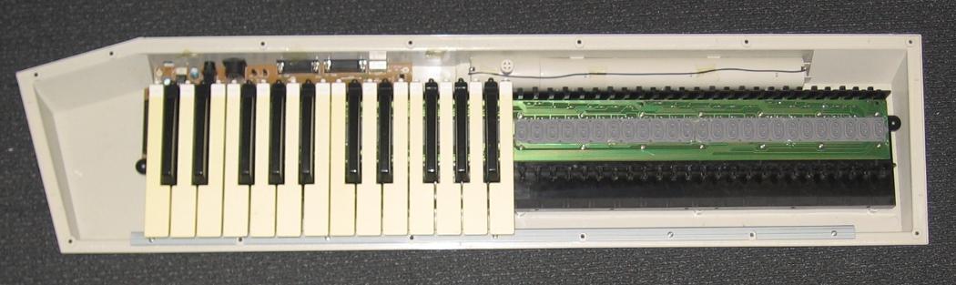 How a MIDI keyboard works | Open Music Labs Midi Keyboard Wiring Diagram on midi to usb wiring diagram, usb keyboard wiring diagram, computer keyboard wiring diagram,